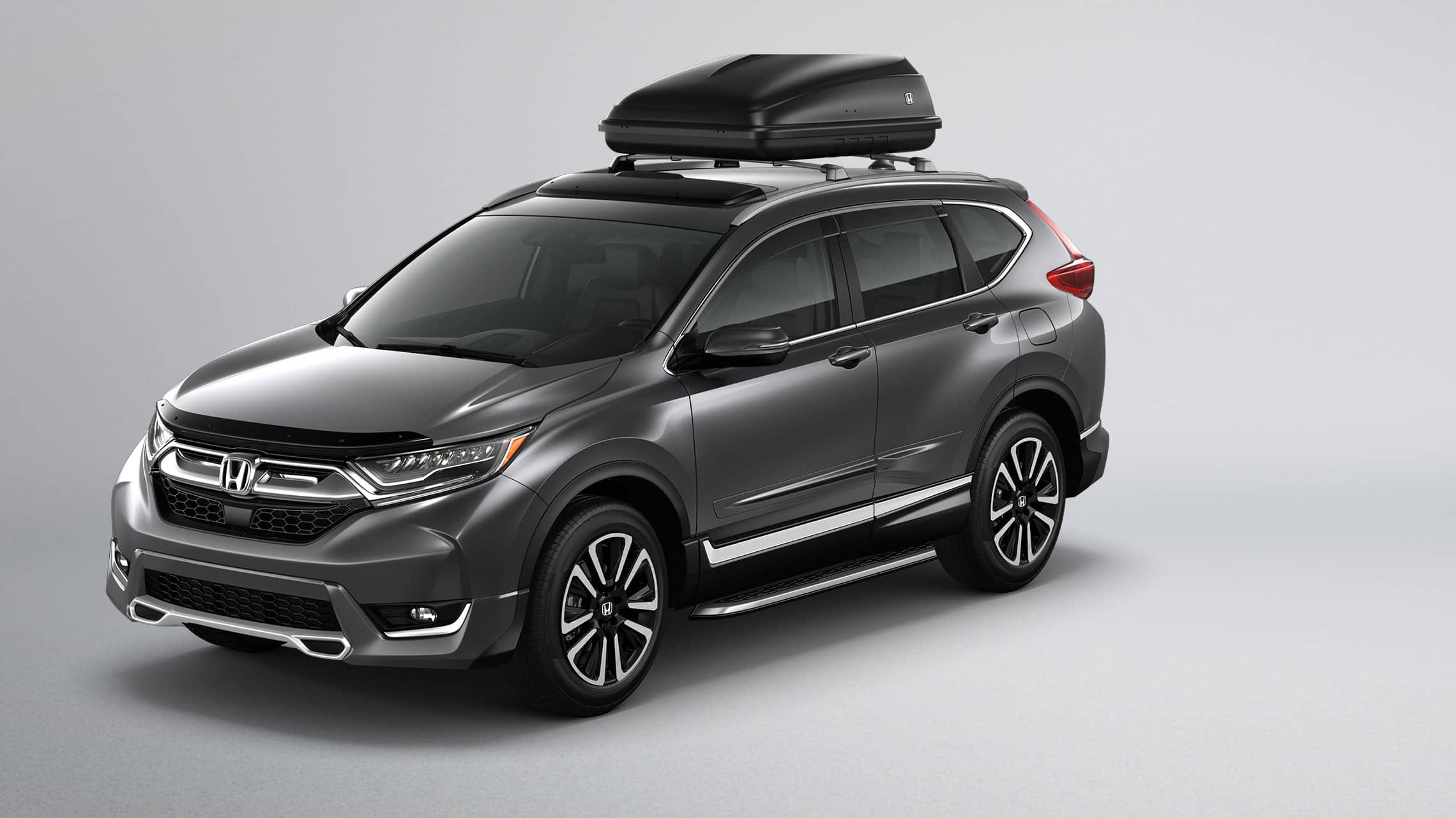 Se muestra la CR-V 2019 con accesorios originales Honda.