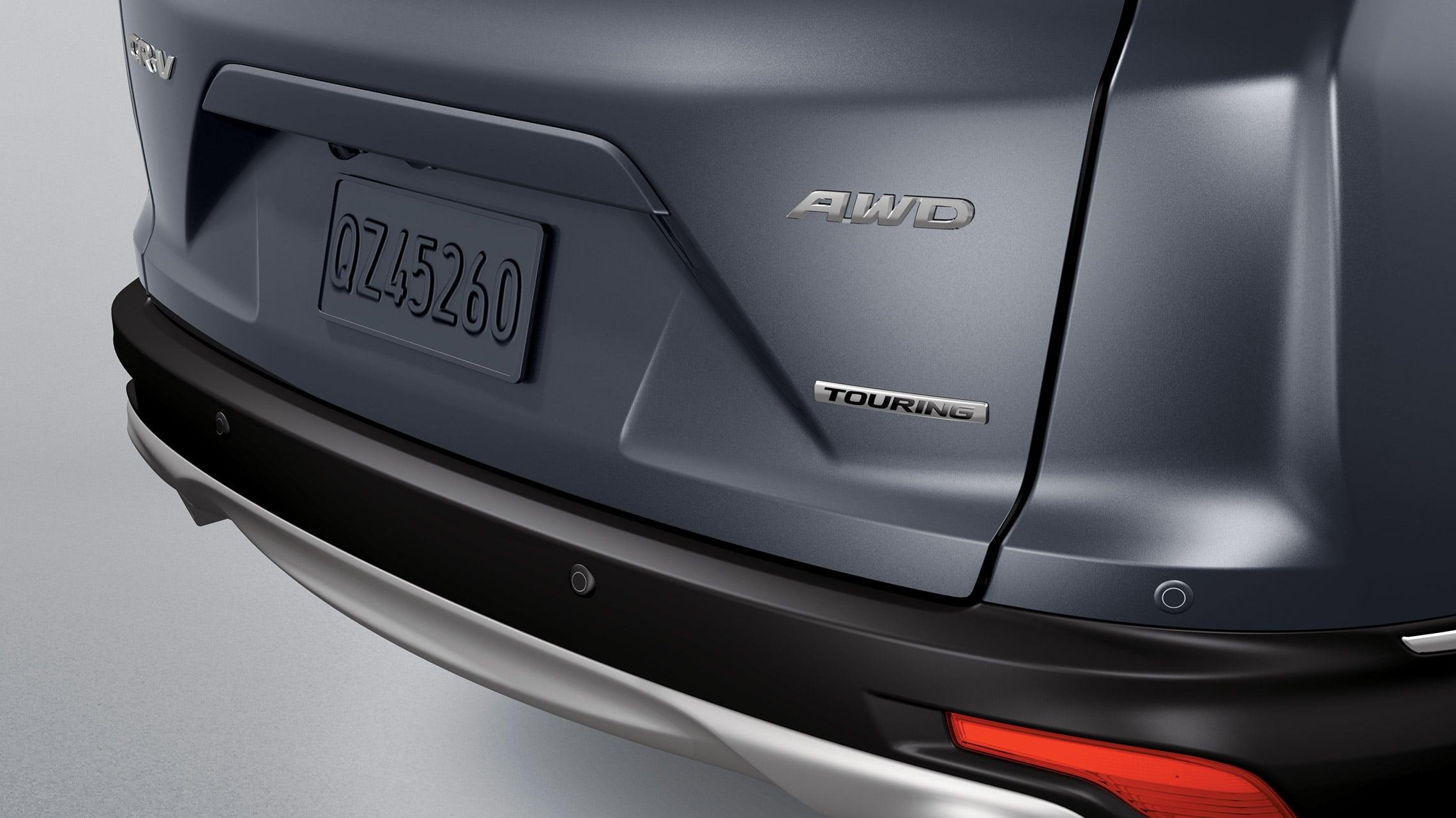Se muestra la Honda CR-V 2019 con accesorio: sensores de reversa originales Honda.