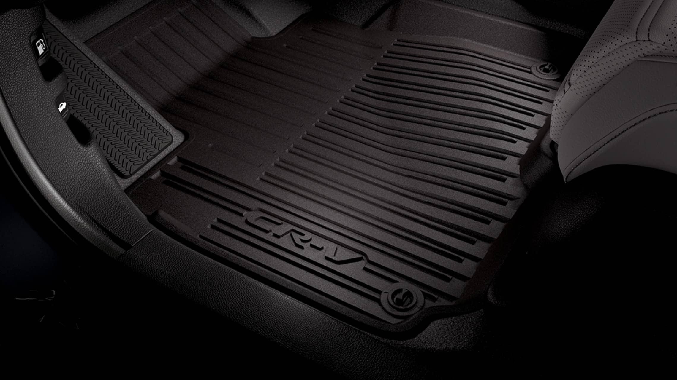 Interior de la Honda CR-V2019 con accesorio de tapetes originales de Honda.